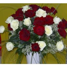 Ramo de 24 rosas blanco y rojo de tallo largo, BG#BG1023 Ramo de 24 rosas blanco y rojo de tallo largo
