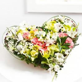 Heartshape arrangement, BY#EE604 Heartshape arrangement