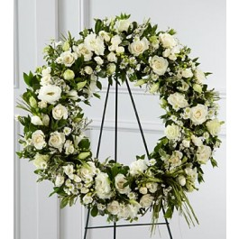 S8-4453 - The FTD® Splendor™ Wreath, S8-4453 - The FTD® Splendor™ Wreath
