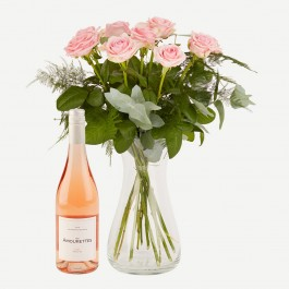 Pink roses with Les Amourettes Rosé, Pink roses with Les Amourettes Rosé