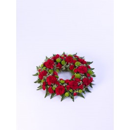 Classic Wreath - Red and Green, IE#500447 Classic Wreath - Red and Green