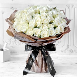Unforgetabble 50 White Roses Hand Tied, Unforgetabble 50 White Roses Hand Tied