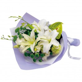 Funeral bouquet in white and green, Funeral bouquet in white and green