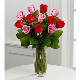 El Ramo de Rosas de  FTD® Romance Verdadero™ , El Ramo de Rosas de  FTD® Romance Verdadero™