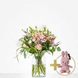 Combi Bouquet: Welcome little girl; including pink Niffy for, Combi Bouquet: Welcome little girl; including pink Niffy for