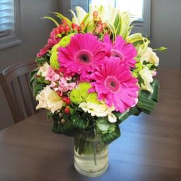 Arrangement in Vase Pinks, Arrangement in Vase Pinks