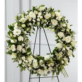 S8-4453 - The FTD® Splendor™ Wreath, S8-4453 - The FTD® Splendor™ Wreath