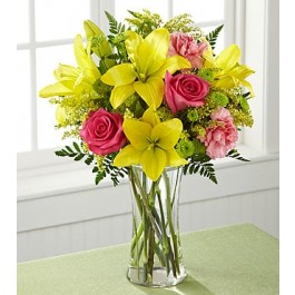 C6-5242 FTD® Bright & Beautiful™ Bouquet, C6-5242 FTD® Bright & Beautiful™ Bouquet