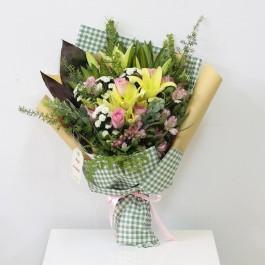 Yellow and Pink Bouquet, Yellow and Pink Bouquet