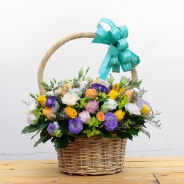 Beautiful mixed colour basket, Beautiful mixed colour basket