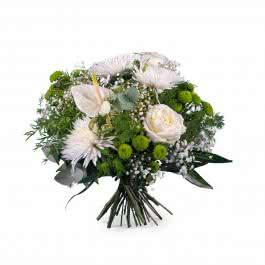 Susurro, Ramo Primaveral con Anthurium y rosas