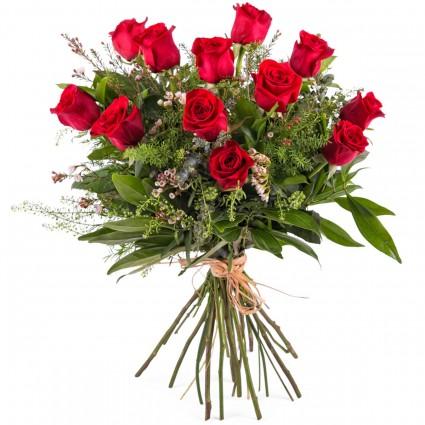 Ramo especial Amor, 12 Rosas Rojas de Tallo Largo