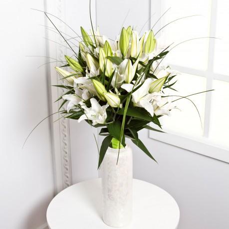 Sympathy Bouquet, EE#EE800 Sympathy Bouquet