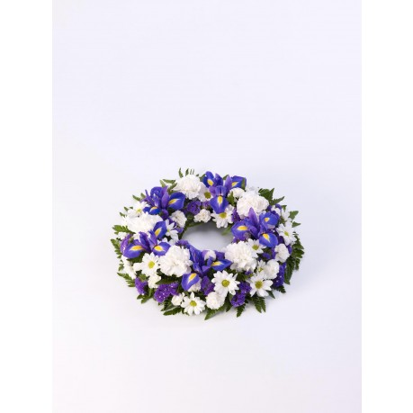 Classic Wreath  Blue and White, GB#500446.Classic Wreath  Blue and White