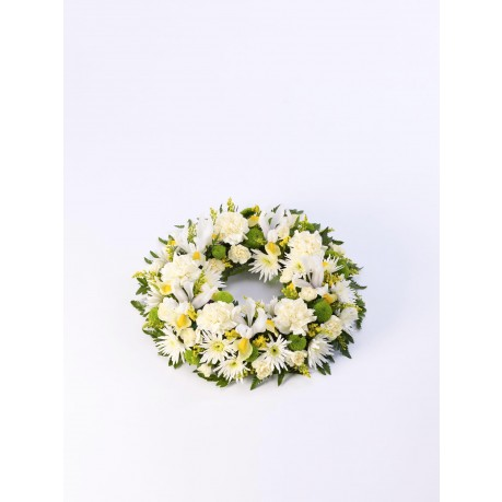 Classic Wreath  Yellow and Cream, GB#500448.Classic Wreath  Yellow and Cream