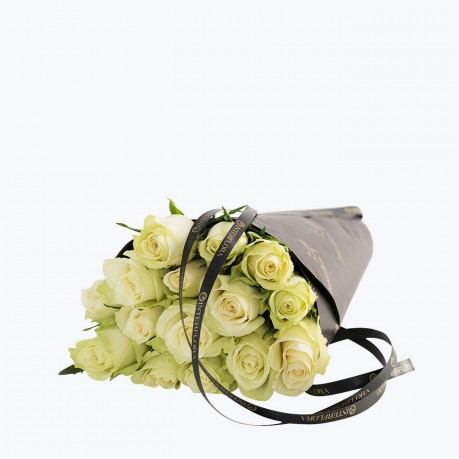 White Roses Gift Wrapped, White Roses Gift Wrapped