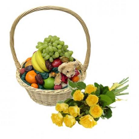 Корзина с фруктами и букет из 9 роз, RU#RU_07014 Корзина с фруктами и букет из 9 роз