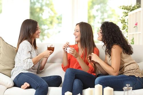 Un Día de la Mujer para reflexionar y hacer planes con amigas