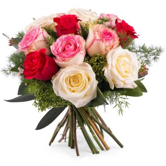 Ramo de rosas Delicadeza, 12 Rosas multicolor de tallo corto para las mujeres de mi vida en el día de la Mujer trabajadora