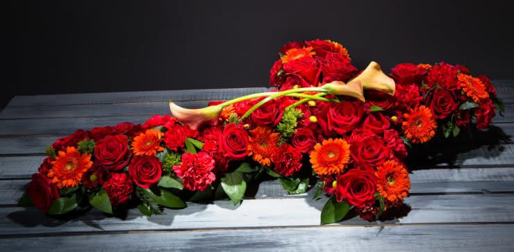 Enviar corona de flores para un funeral a tanatorios