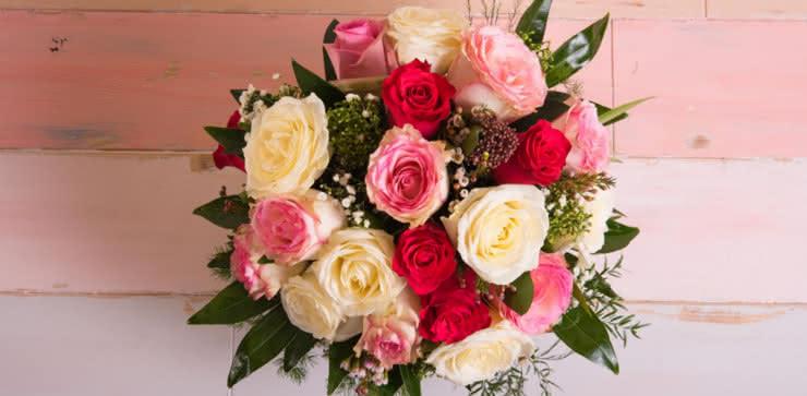 Enviar una ramo de rosas a domiclio