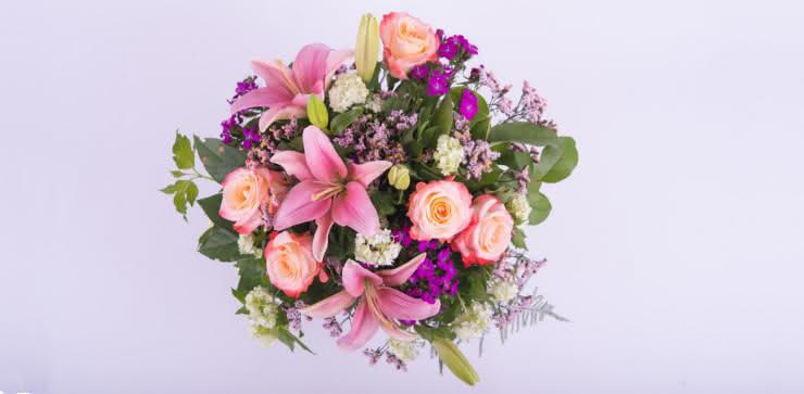Enviar rosas y liliums